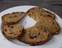 Pittenbrood met noten en rozijnen